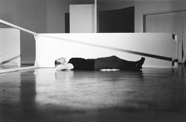 Judith Schwarz performing White Space